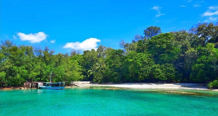 camping seru di pulau kotok