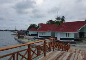 liburan pulau royal