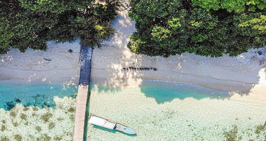 pantai pulau seribu